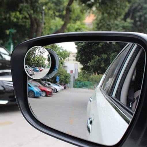 Gương chiếu hậu ô tô